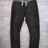 Фирменныe джинcы M&S на возраст 6-7 лет и рост 122 см.
