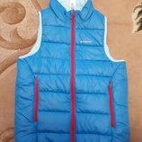 Теплая жилетка для девочки Quechua от Decathlon р.143-152/11-13лет