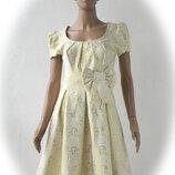 Стильне нарядне плаття 42 розмір -- 36 євророзмір.