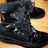 42 разм. Зима. Kamik waterproof термо ботинки. Замша. Не промокают. Состояние новых, примерялись дли