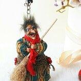 Кукла куколка интерьерная брелок Баба яга мини