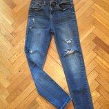 Рваные джинсы,высокая талия george