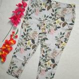 Шикарные стильные летние брюки в цветочный принт высокая посадка большого размера M&S Pur Una.