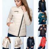 Короткая оригинальная куртка из плащевой ткани с воротником, разные цвета