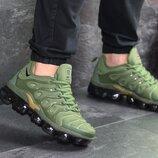 Nike Air Vapormax Plus кроссовки мужские демисезонные зеленые 7755
