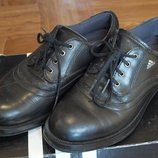 Полуботикни Adidas оригинал р. 36,5 на мальчика туфли ботинки
