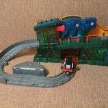 Железная дорога Томас и его друзья Mattel
