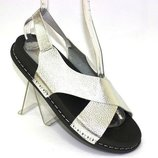 Серебряные сандалии женские