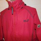 Стильная спортивная фирменная курточка деми бренд Jack Wolfskin.м-л .