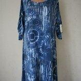 Новое трикотажное итальянское платье с принтом