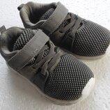 Детские кроссовки 25, 5 размер