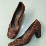 Belissima. натуральная кожа. удобные туфельки на устойчивом каблуке, 39 размер