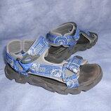Удобные сандали Carrera 23,5см.