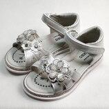 Детские босоножки сандалии для девочек белые ромашка W.Niko 26р-31р 4124