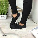 Женские чёрные легкие кроссовки сетка для зала 1429