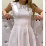 Стильне ніжне плаття.Креп дайвинг кружево 42-44 44-46р. Нежное платье в наличии Скидка 15%