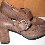 коричневі туфлі шкіра р38 5th Avenue з перепонкою
