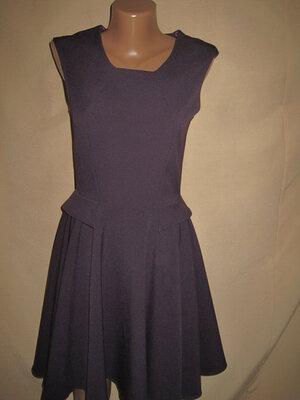 Красивое платье Closet р-р8