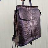 Красивый кожаный рюкзак-сумка, змеиное тиснение