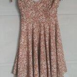Эффектное платье на завязках. ассимметричный подол. цветочный принт. сарафан. цветы. миди