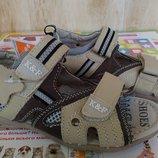 Кожаные Сандалии босоножки на мальчика 32,33,34,35 размер