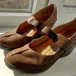 Брендові туфлі жіночі мешти Clarks Unstructured 40 Великобританія 26 см женские кожаные