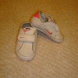 Кроссовки пинетки кожаные размер 18.5 Nike