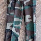 Новые детские военные джинсы от Hunter. Размер на 4 года. Состав ткани 100 % хлопок. Ткань плотная,