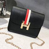 Милая женская сумка в стиле Гермес на цепочке В Наличии