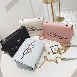 Модная сумка клатч с вышивкой В Наличии