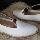 Clarks туфлі лофери кожа 41-42 р по ст 27 см ширина 9 см