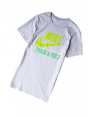 футболочка от Nike