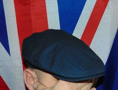 Стильная фирменная кепочка кепка кашкер картуз .Германия .TCM Tchibo.м-л .56-58