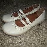Балетки кожаные белые 39-40 размер