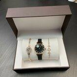 Present Box Emporio Armani Bracelet/Watch/Bracelet with Diamond Gold