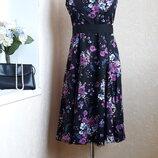 Очень красивое платье f&f 14 размер