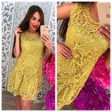 очаровательное кружевное горчичное платье