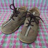 Детские демисезонные замшевые ботинки Magnus, размер 22