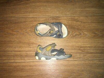 Кожаные босоножки,сандалии Clarks Stompo, р-р 4,5 F, стелька 13 см