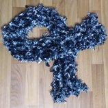 Супер Шарф Очень интересный аксессуар шарфик мохнатый Классный шарфик. Выглядит очень интересно, л