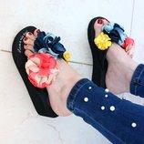 Шлёпанцы Очень Удобные 8-278 Очень Нежные Цветы атлас Подошва 5 -2 см. На Ноге Круто