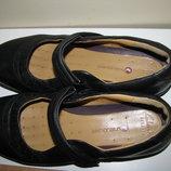 Туфлі брендові шкіряні дихаючі Clarks Оригінал р.40 стопа 25,5 см