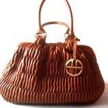 Эксклюзивная кожаная сумка hugo boss