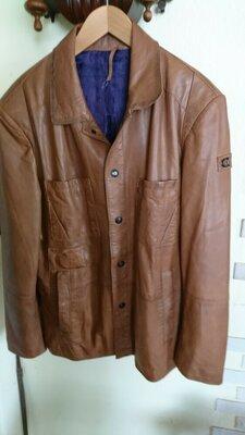 Hirtwich кожанная куртка коричневая.