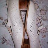 Туфли кожаные vera superwett 40 размер стелька 26см