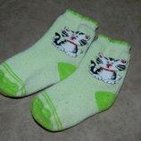 Носки детские зелёные тёплые с кошечкой.