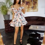 Платье с рюшами 42,44 размеры