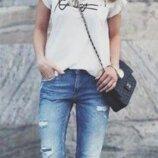 Женские модные джинсы бойфренды. Плотный качественный джинс, в стиле 90-х. Бренд Zara. Размер w 26