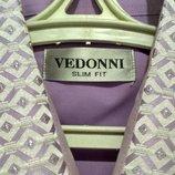 Красивая нарядная рубашка Vedonni в новом состоянии