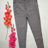 Классные стрейчевые брюки скинни принт зиг-заг New Look .